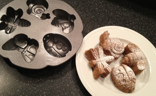Nordic Ware baking pans are fun, sturdy, and made in the USA (via USAlovelist.com)