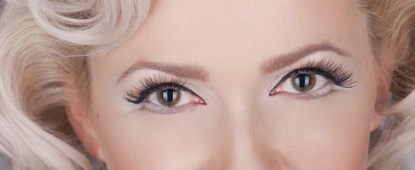 Marilyn Monroe Makeup tips: Marilyn Monroe Eyes with made in USA Makeup