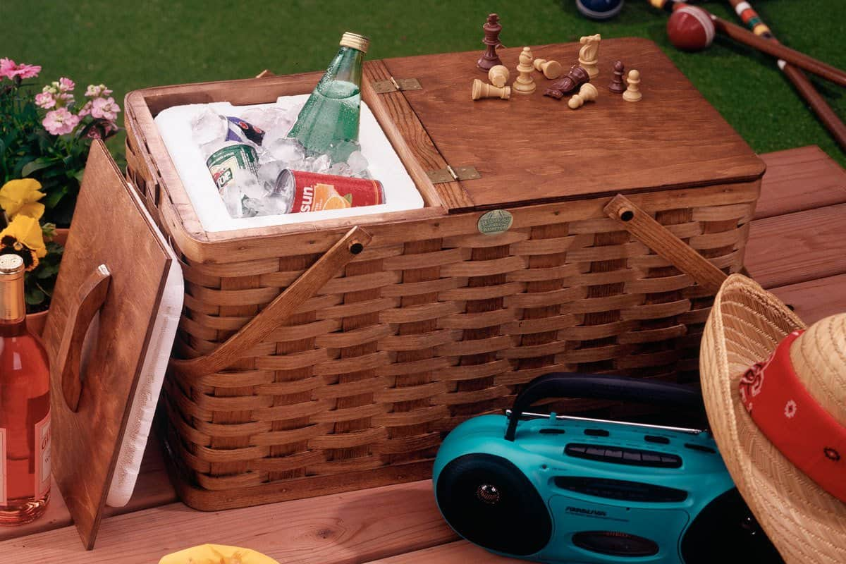 American Made Picnic Essentials | Peterboro Deluxe Picnic:Cooler Combo | USALoveList.com