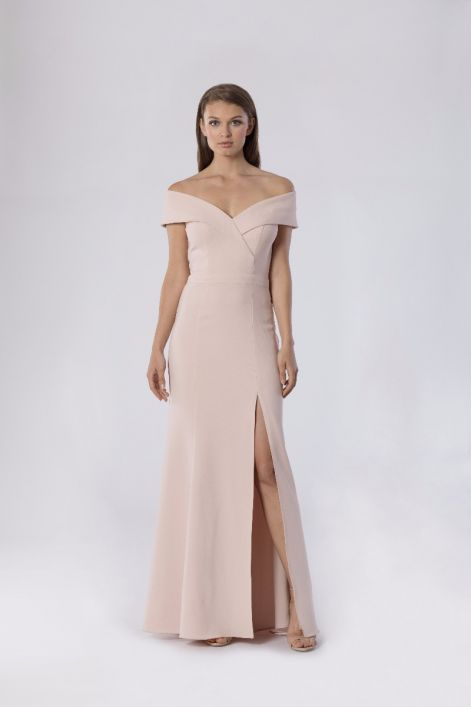 American Made Dresses and Gowns from Xscape Evenings #usalovelsited #formal #coctail #dresses #fashion
