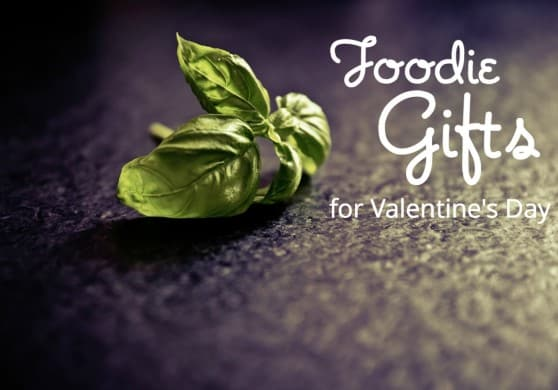 There are so many luscious, romantic food gifts that are also American made. (via USAlovelist.com)