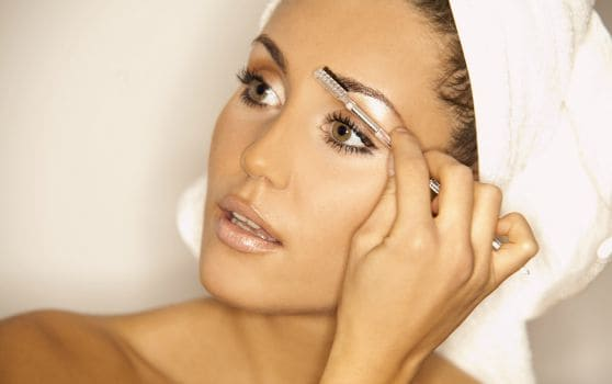 How to Get an Eye Lift Using American Made Makeup   Eyebrow Makeup Tips