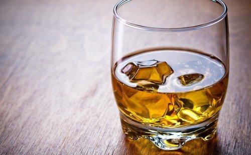 Bourbon vs Whiskey Celebrate National Bourbon Month with USALoveList.com