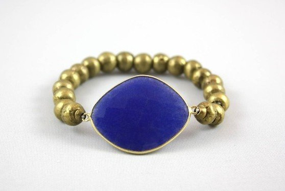 Fashion Tips and Free Trade American made Jewelry from Amanda Jordyn via USALoveList.com