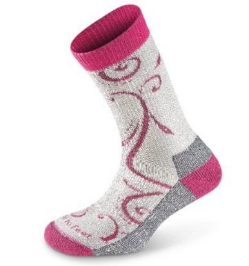 Gifts under $30: Farm to Feet Merino Wool Socks #hiking #socks #usalovelisted #madeinUSA