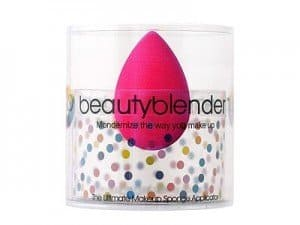 Beauty Blender - Beloved beauty tool. Makeup artists rave about this makeup sponge #madeinUSA