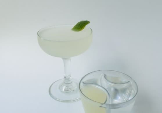 The Best French 75 Recipe With ReJigger via USALoveList.com