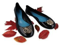 black flats with a gold accent owl #shoes