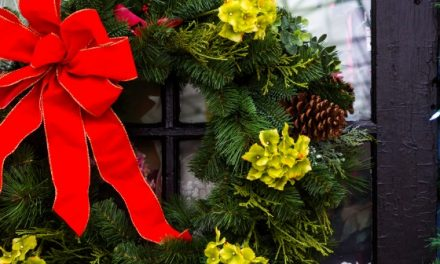 6 Quick & Easy Holiday Decorating Ideas
