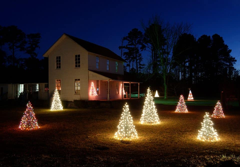 crab pot trees quick and easy holiday decorating ideas made in usa
