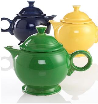 Useful gifts: Fiesta Teapot #holidaygifts #madeinUSA #USALovelsited #tea