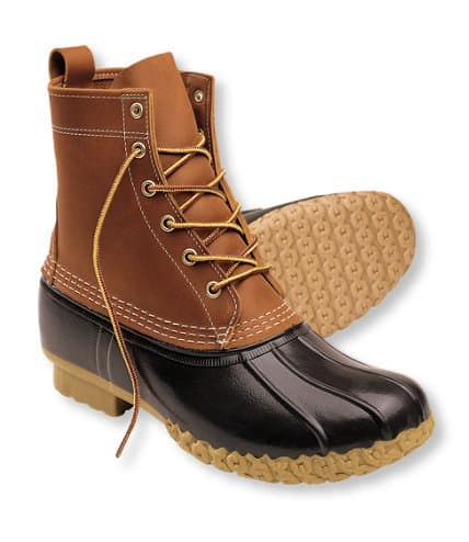 The classic LL Bean boots are still made in the USA (in Maine to be precise) via USAlovelist.com #usalovelisted #madeinUSA #wintergear