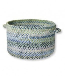 This braided basket is so pretty and it is made in the USA. (via USAlovelist.com)