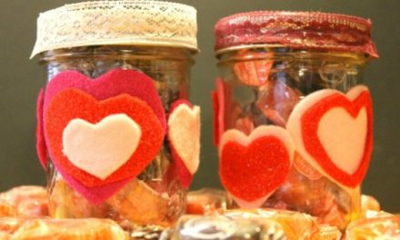 Crafting With Kids: How to Make Valentine Candy Jars
