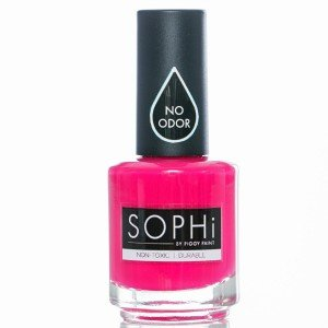 Non Toxic nail polish: SOPHi by Piggy Paint #usalovelisted #madeinUSA #nontoxic #nailpolish