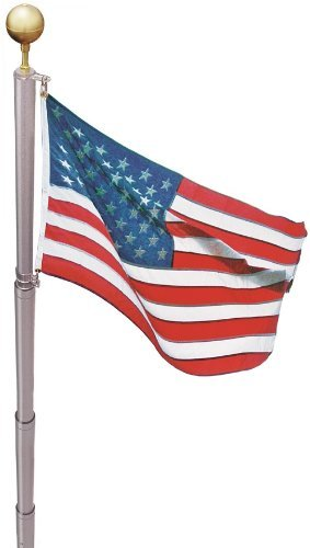 American flag etiquette: Telescoping flagpole from Liberty flag #usalovelisted #flagday
