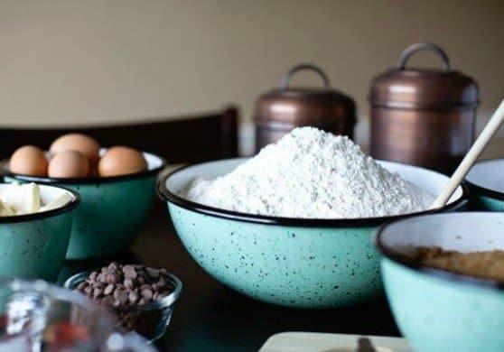 Porcelain Enamel Mixing Bowl Giveaway
