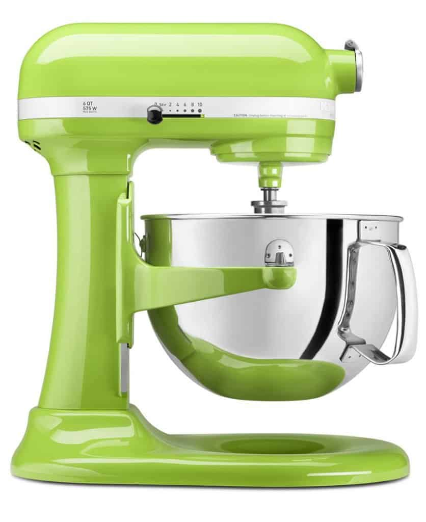 Best Bridal Shower Gifts: KitchenAid Stand Mixer #bridalshowerideas #usalovelisted #weddinggifts