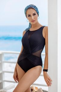 American Made Swimsuits for women from Miraclesuit #usalovelisted #swimwear