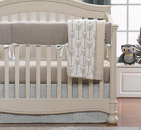 Stunning American made baby products Liz and Roo Bumperless Crib bedding Made in USA
