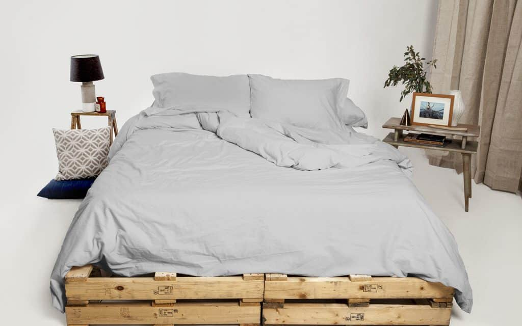 Giveaway: Made in USA Luxury Sheet Set by Authenticity50