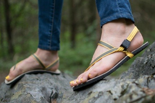 Earth Runners made in USA minimalist earthing sandals #usalovelisted #sandals