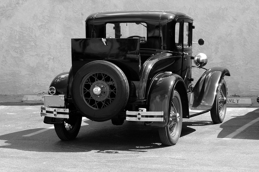 Made in USA Cars American Made Car Guide: The Model T may have been the last 100% American made car. This guide will help you do the best you can to find a car, truck, or SUV, made in the USA - or at least as close as you can get.