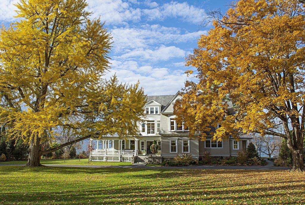 Nine Luxury Travel Destinations in the US - Lexington Kentucky Inns of Aurora