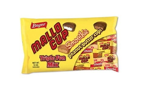 American Made Halloween Candy: Mallo cup #usalovelisted #Halloween #candy