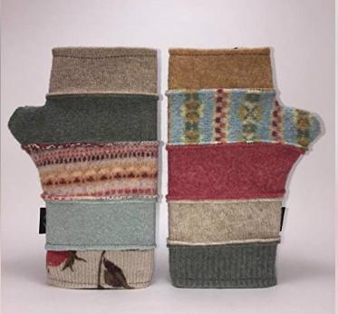 American made outdoor gear: baabaazuzu handmade gloves, hats #usalovelisted #madeinUSA #winter