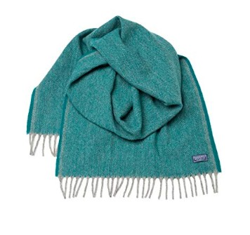 American made cold weather gear: Faribault unisex scarves #usalovelisted #winter