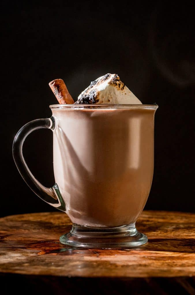 Winter Cocktail Recipes: Bourbon Spiked Spiced Hot Chocolate - Simple Winter Cocktail Recipes made with Buffalo Trace #usalovelisted #cocktailrecipes #booze