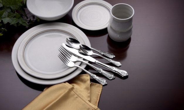 Pre Thanksgiving Giveaway: Made in USA Liberty Tabletop Flatware