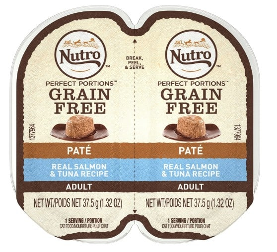 Natural pet food made in USA Nutro dog food and cat food #natural #petfood #usalovelisted