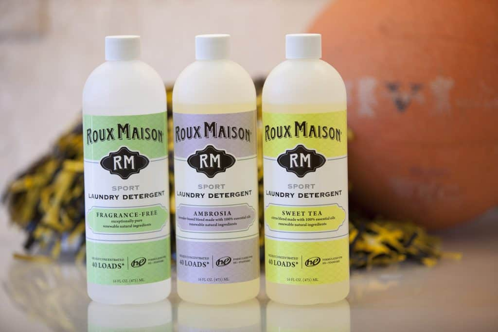 The Best Non-Toxic Sports Laundry Detergent - Roux Maison Vegan and pH Neutral Sports Detergent Made in the USA - Made in Nashville, Tennessee #usalovelisted #gym #laundry