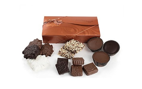 Candy Made in USA: Rocky Mountain Chocolate Factory boxed chocolates #usalovelisted #candy #chocolates