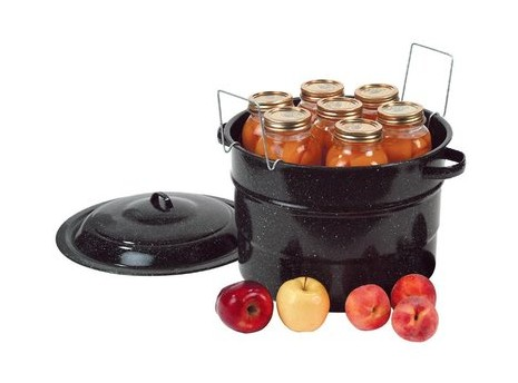 Made in USA Canning Supplies: Black enamelware canner at Lehman's #canning #usalovelisted