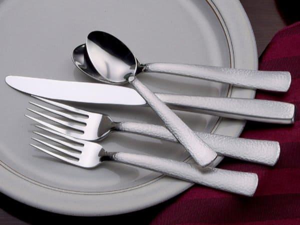 Liberty Tabletop made in USA Flatware: the Pinehurst 45 Piece set #usalovelisted #flatware #weddinggifts #houseware