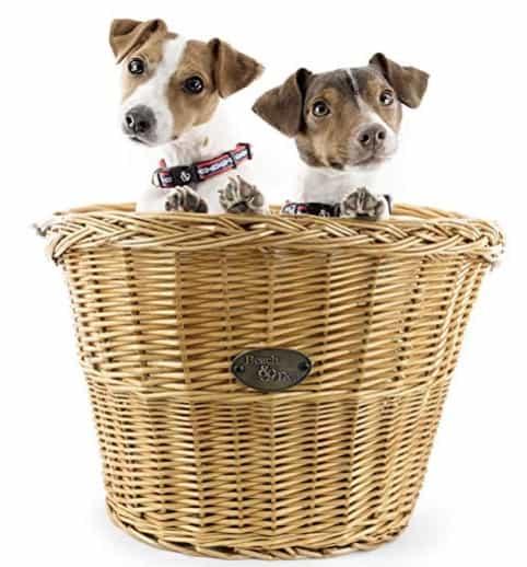 Made in USA Dog Supplies: Beach & Dog Co. bike baskets #petsupplies #dogsupplies #usalovelisted