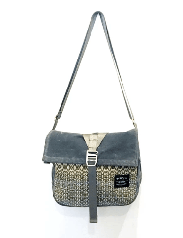 American made handbags: Tchoup Industries: American made handbags made with waxed cotton canvas that is all natural, lightweight, and highly water-resistant. 15% off Tchoup Industries with discount code USALOVE. No expiration. One use per customer. #usalovelisted #madeinUSA