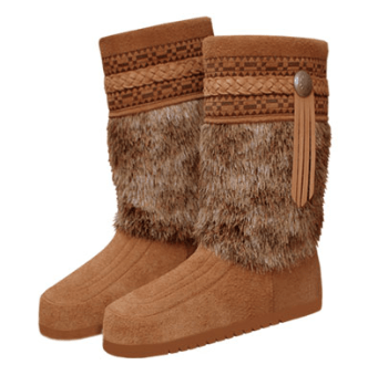 Made in USA Shoes: Steger Mukluks boots #usalovelisted #madeinUSA #boots