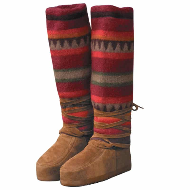 Made in USA Women's Boots: Steger Mukluks stylish cold weather boots #usalovelisted #madeinUSA #boots