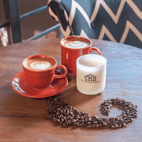 Gifts for Coffee Lovers: Soy Java candle from The Rustic House LLC #usalovelisted #candles #coffee