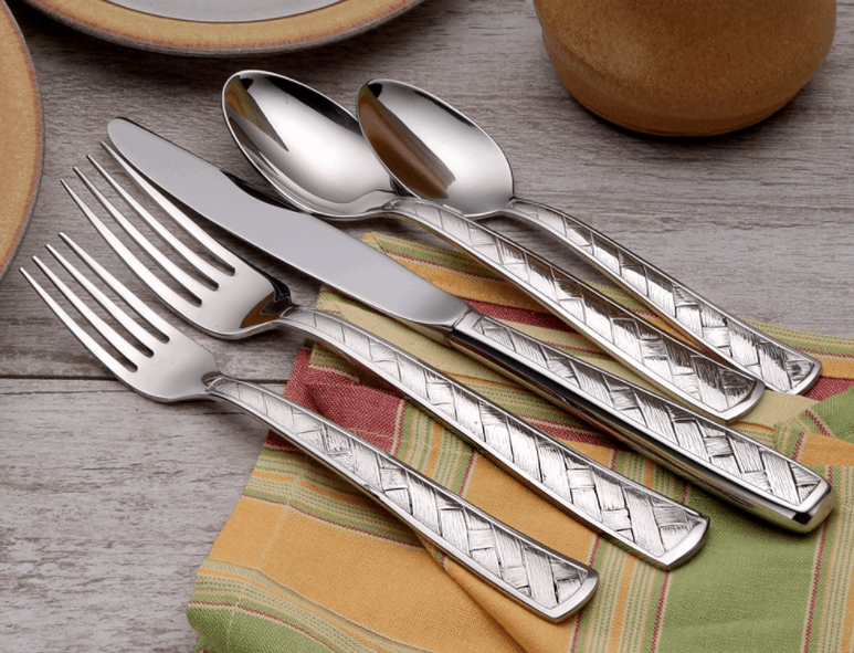 Giveaway! Liberty Tabletop flatware 45 piece set in the Weave design. #USALovelisted #madeinUSA #LibertyTabletop