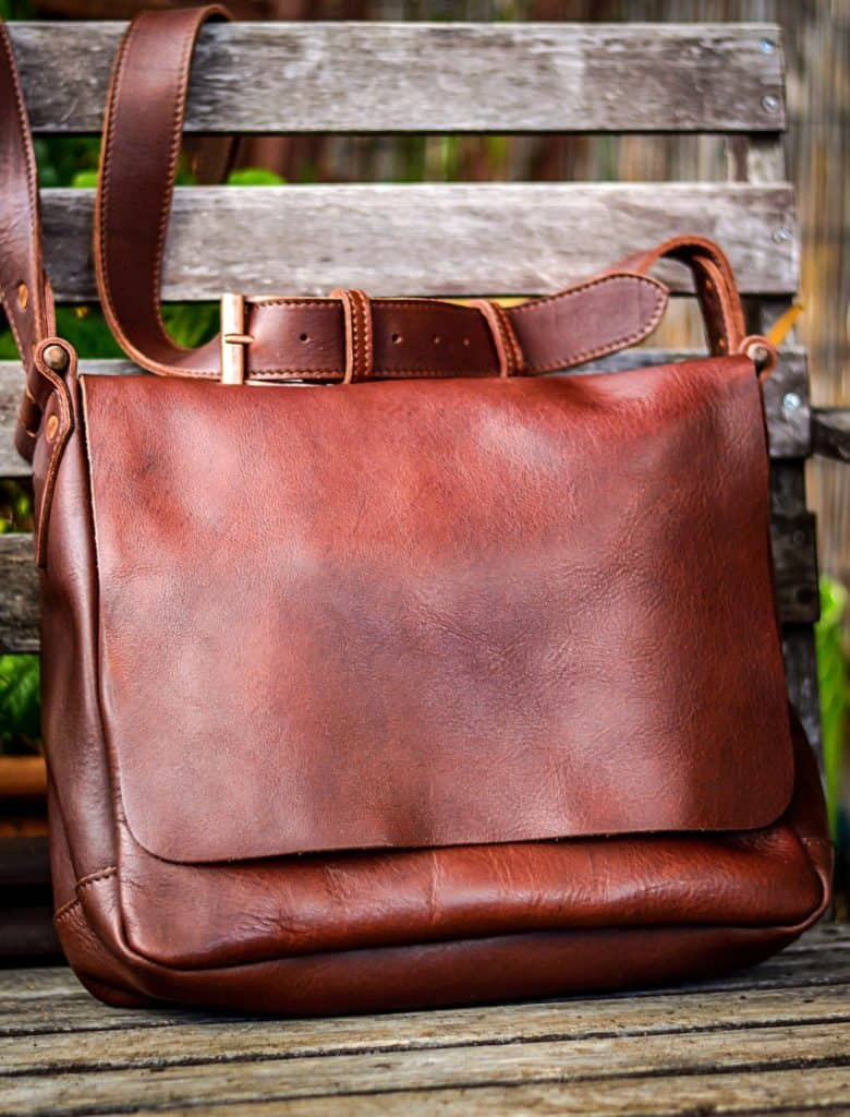 Leather Bags for Men: Kamen Road Coyote Thunder Field Bag 15% off with discount code USALOVE. No expiration.