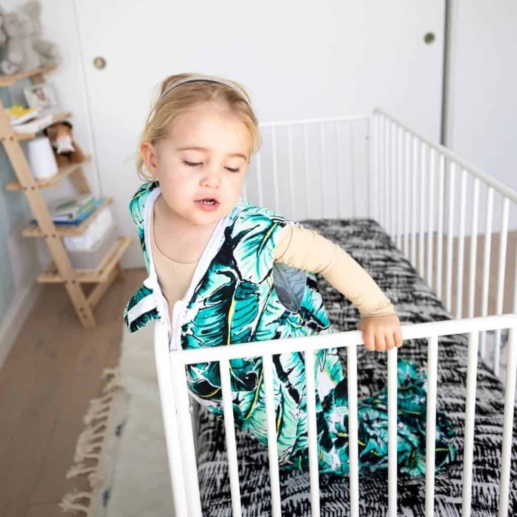 Milimili - Made in USA Toodler Wearable Blankets, Bassinet Sheets, and Crib Sheets.- Made in USA