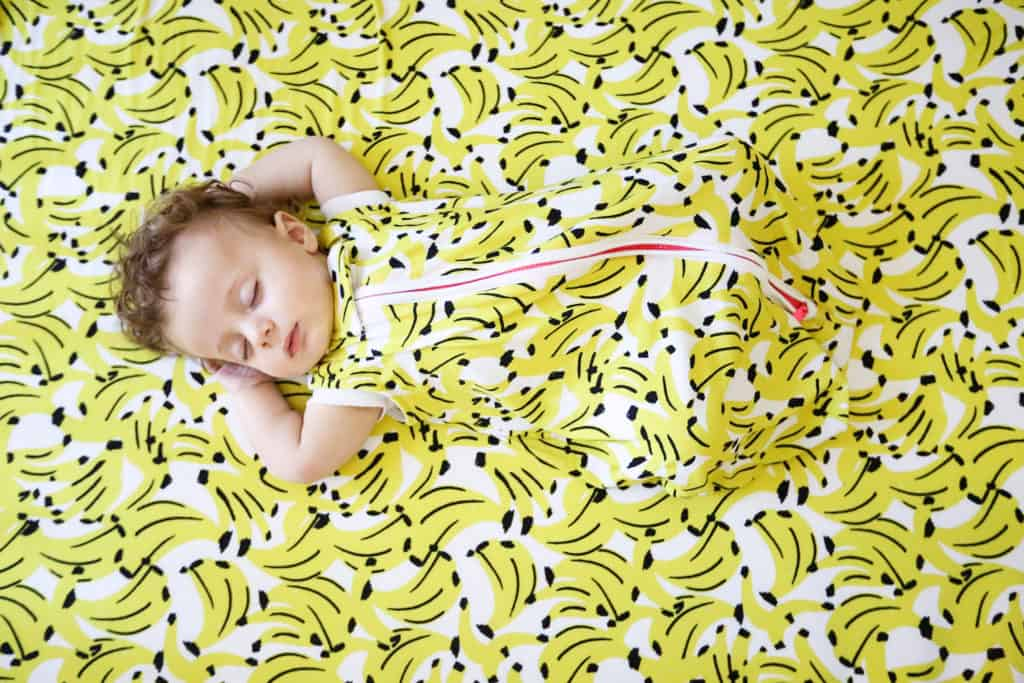 Milimili-Made-in-USA-Toodler-Wearable-Blankets.-Made-in-USA-Banana-Print