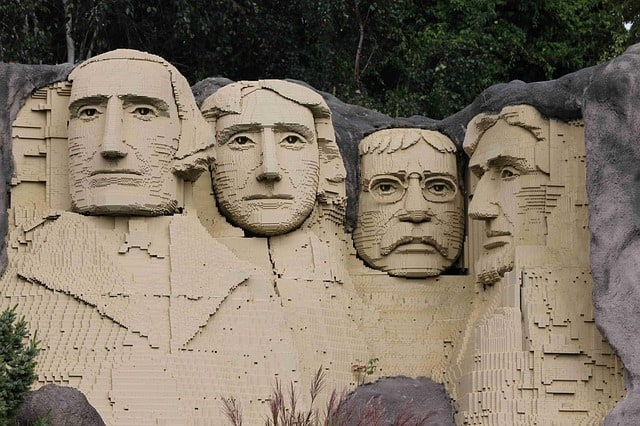 Mount Rushmore made of LEGOs.