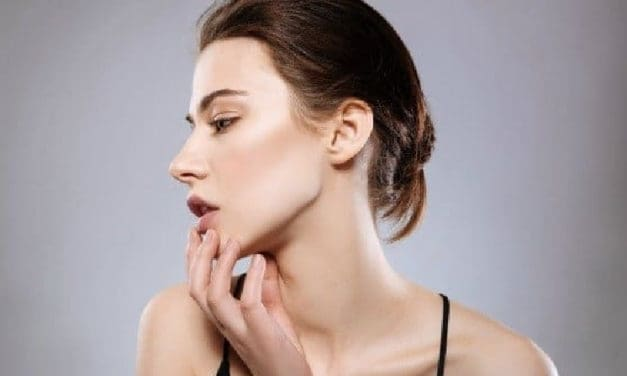 How to Make Jowls Less Noticeable