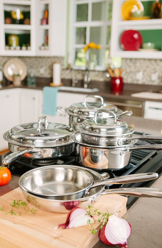 Best Non Toxic Cookware: 360 Cookware. Save 20% on your 360 Cookware non toxic cookware purchase with promo code USALOVE at check out. #usalovelisted #AmericanMade #nontoxic #kitchen #cookware